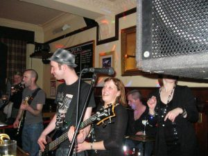 The Lorne Bar,Live Music-Oban-Where To Eat-Pubs & Bars-Scotland