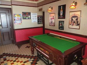Coasters Bar,Pool Table-Oban-Where To Eat-Pubs And Bars-Scotland