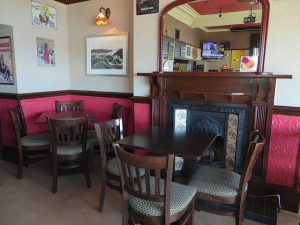 Coasters Bar,Seating-Oban-Where To Eat-Pubs And Bars-Scotland
