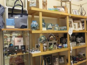 Room 15-Oban,Lots Of Choice-Oban-Shops And Services-Gifts & Galleries-Scotland