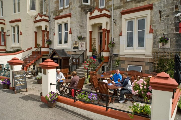 Markie Dans Bar-Oban-Where To Eat-Pubs And Bars-Scotland