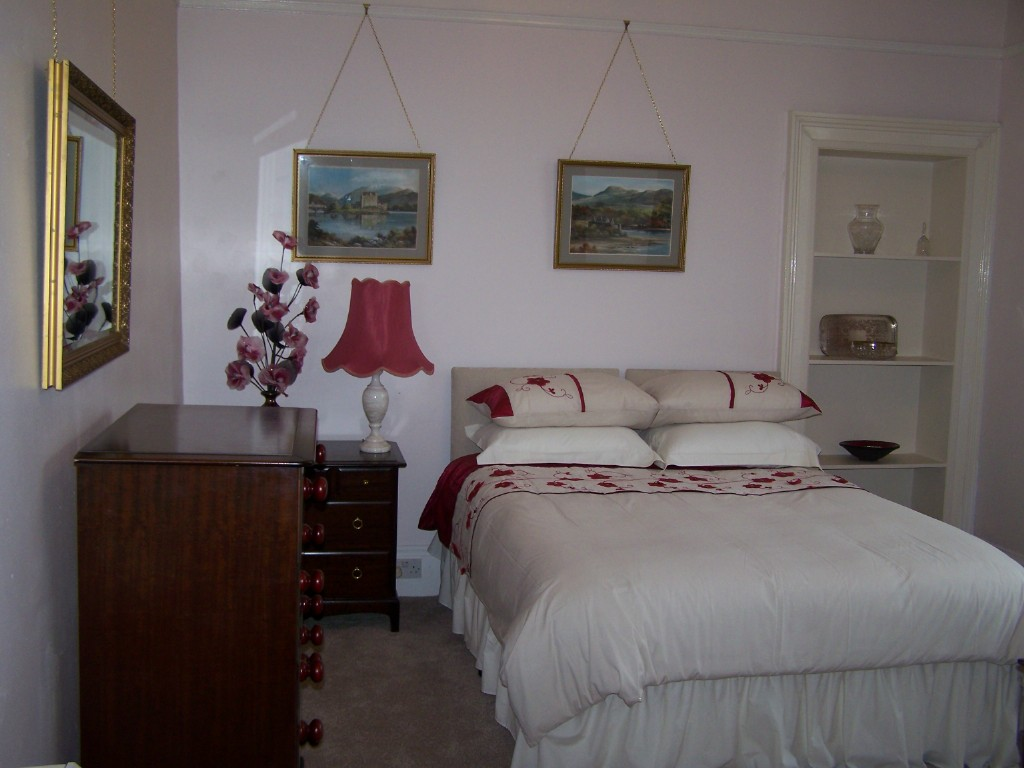 Seaside House,Bedroom-Oban-Ardrishaig-Accommodation-Self Catering-Scotland