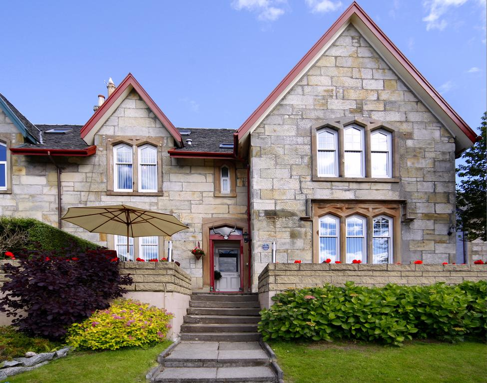 Glenbervie guest house explore oban for Houses with guest house