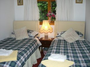 Hawthorn Cottage,Accommodation and where to stay Guest Houses and B & B, Benderloch nr Oban, Scotland