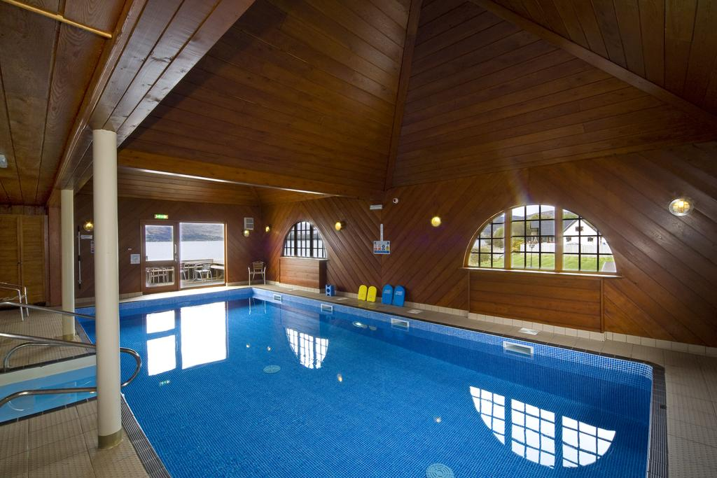 Hollytree Hotel And Swimming Pool Explore Oban
