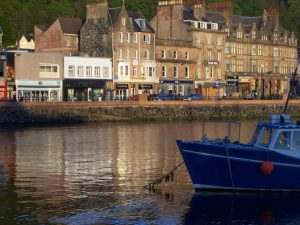 Kings Arms Holiday Apartments , Accommodation and where to stay, Self Catering, Oban, Scotland
