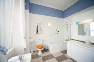 Barriemore,Bathroom-Oban-Accommodation-B and B's And Guest Houses-Scotland