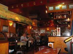 Aulay's Bar,Interior-Oban-Where To Eat-Pubs And Bars-Scotland
