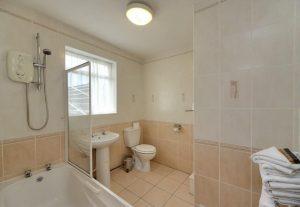 Lochnell Arms,Bathroom-Nr Oban-Accommodation-Hotels-Scotland